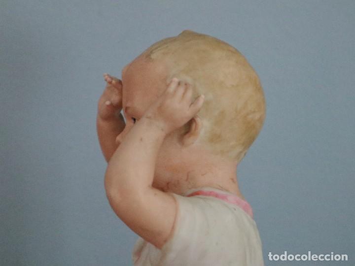 Antigüedades: Baby Piano elaborado en biscuit policromado. Pps. S. XX. Mide 16 x 13,5 cm. - Foto 5 - 277656213