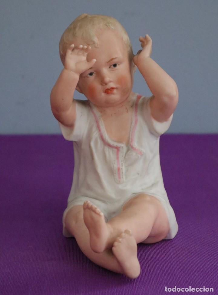 Antigüedades: Baby Piano elaborado en biscuit policromado. Pps. S. XX. Mide 16 x 13,5 cm. - Foto 7 - 277656213