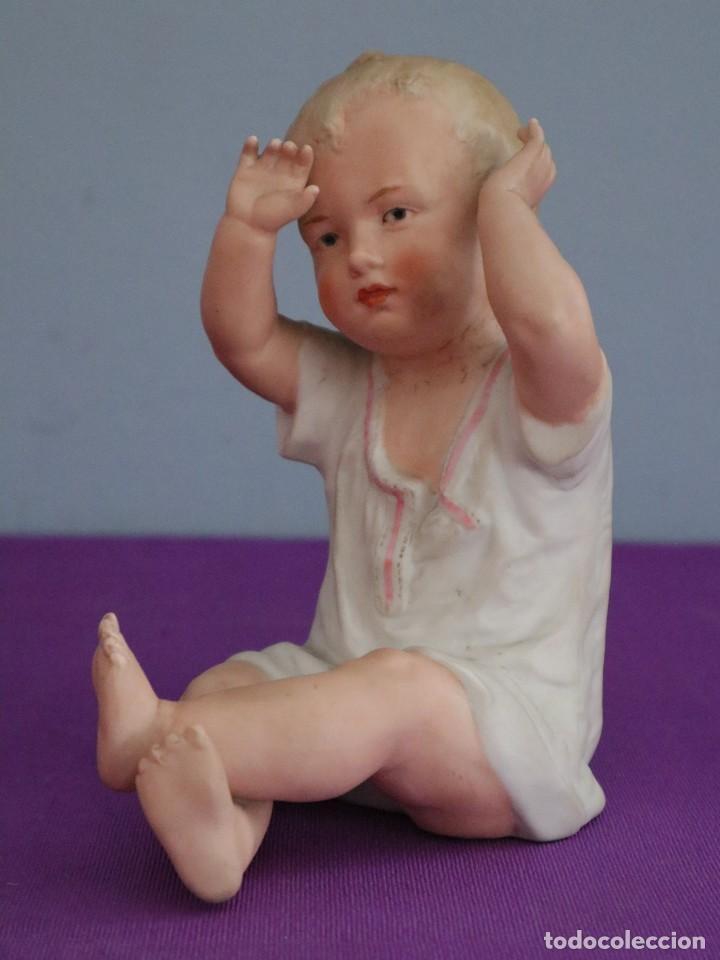 Antigüedades: Baby Piano elaborado en biscuit policromado. Pps. S. XX. Mide 16 x 13,5 cm. - Foto 9 - 277656213