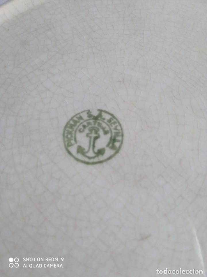Antigüedades: Pareja de antiguos platos de La Cartuja , Pickman, con pavos reales. - Foto 25 - 277684623