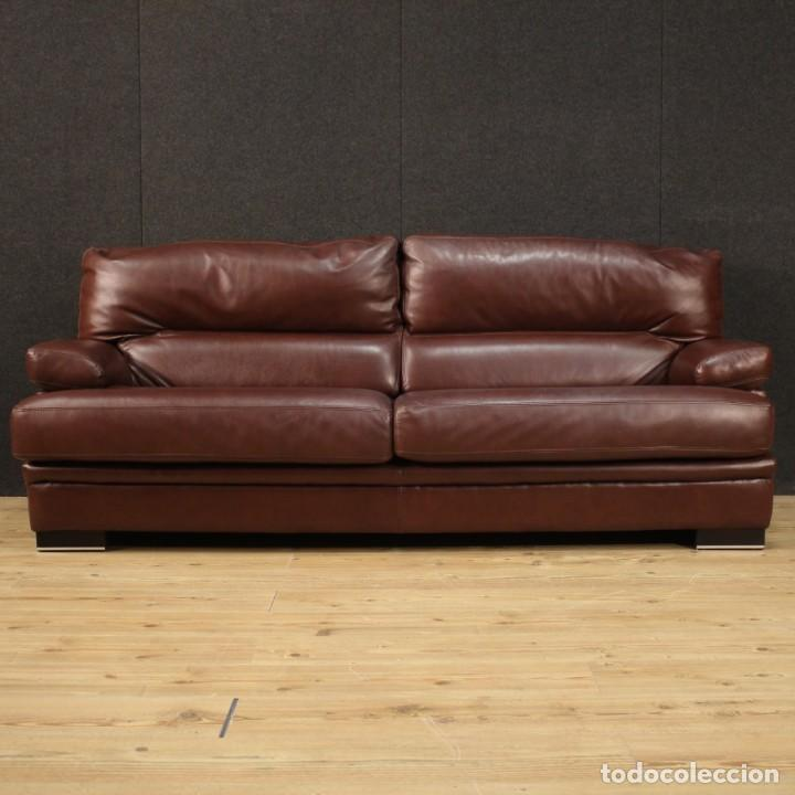 Antigüedades: Gran sofá de cuero de los años 80 - Foto 3 - 277701493