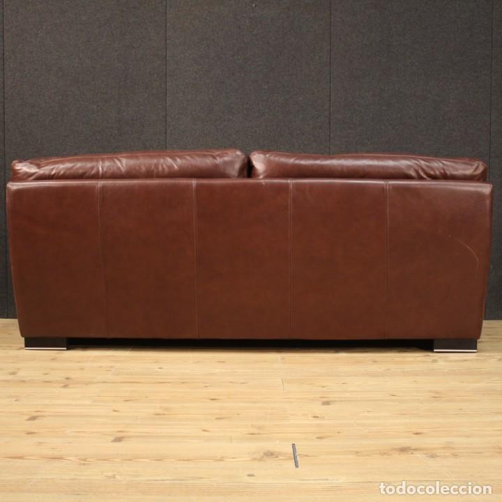 Antigüedades: Gran sofá de cuero de los años 80 - Foto 4 - 277701493