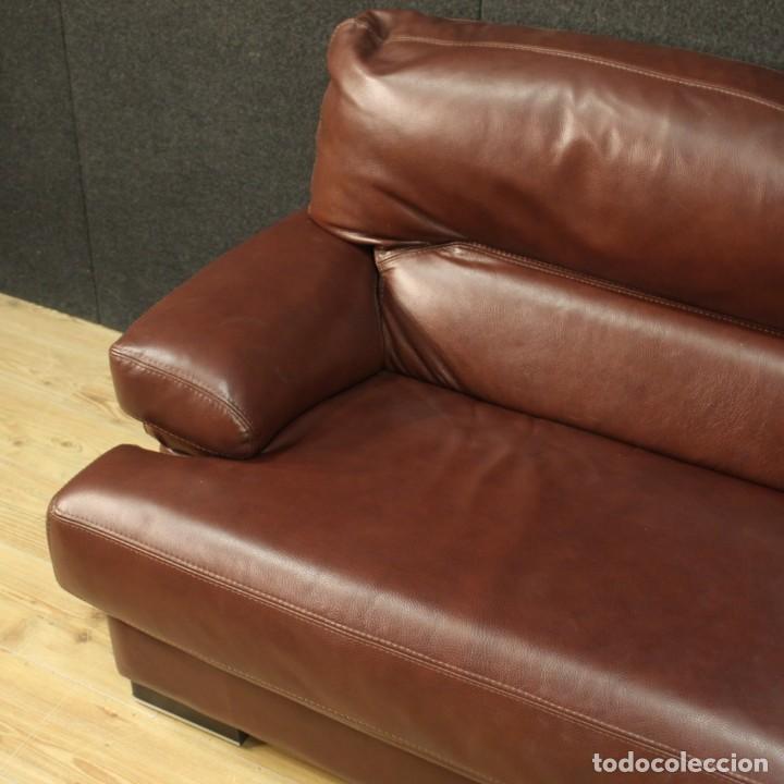 Antigüedades: Gran sofá de cuero de los años 80 - Foto 8 - 277701493