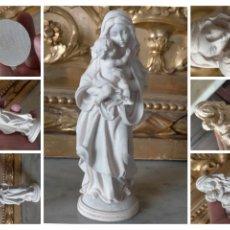 Antigüedades: VIRGEN CON NIÑO JESUS MADERA MINIATURA . 12,2 CM ALTURA. Lote 277711103