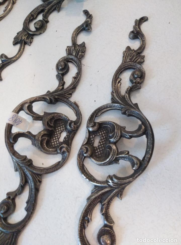 Antigüedades: Tiradores de armario antiguos. 38 cm - Foto 2 - 277715393