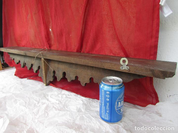 Antigüedades: Peana ménsula repisa antigua tallada madera castaño . Muy larga casi 1 metro - Foto 8 - 277716348