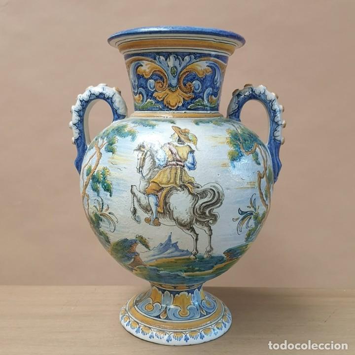 JARRÓN ÁNFORA TALAVERA (Antigüedades - Porcelanas y Cerámicas - Talavera)
