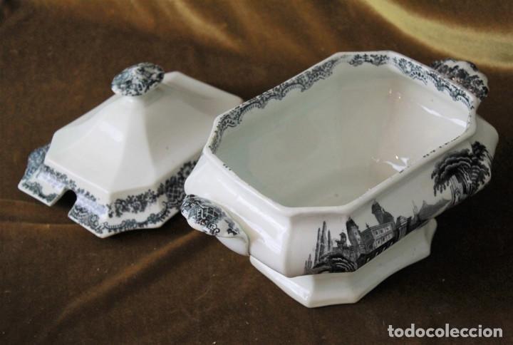 Antigüedades: Antigua sopera de cerámica estilo Pickman, sin sellos acreditativos - Foto 4 - 277758423