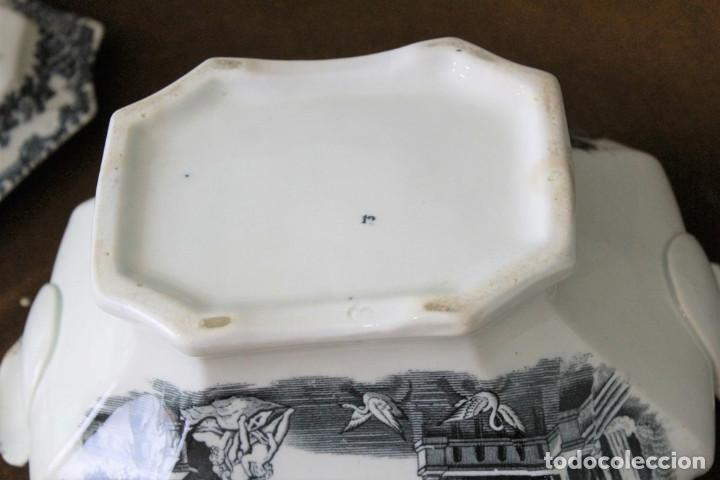 Antigüedades: Antigua sopera de cerámica estilo Pickman, sin sellos acreditativos - Foto 5 - 277758423