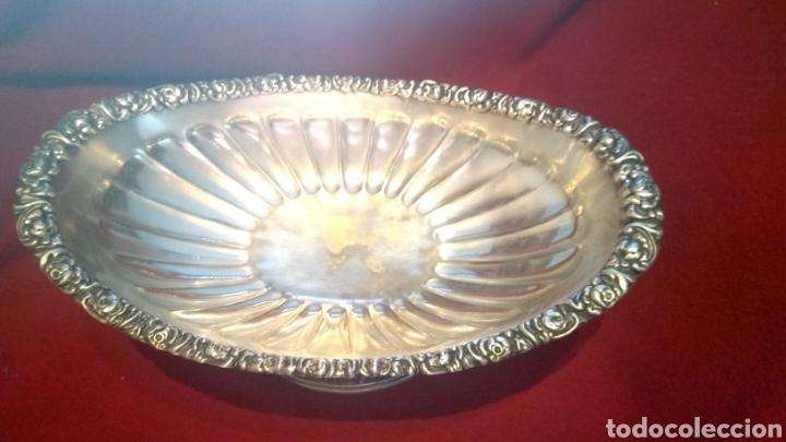 Antigüedades: Centro de mesa BANDEJA Frutero ALPACA BAÑO DE PLATA ALCOR GALLONADA MOTIVOS FLORARES y 4 Caballitos - Foto 6 - 277820733