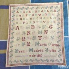 Antigüedades: ANTIGUO ABECEDARIO EN PUNTO DE CRUZ. MADRID 8 DE JULIO DE 1902. Lote 277822593