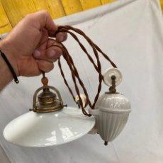 Antigüedades: PRECIOSA LAMPARA DE TECHO ALTO,RESTAURADA!. Lote 277851323