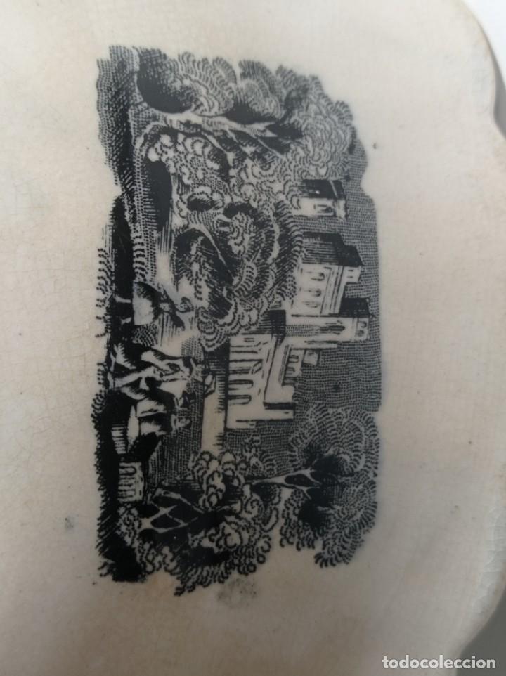 Antigüedades: Fuente gallonada loza estampada en negro caza del león sellos Valarino Cartagena la amistad Murcia - Foto 7 - 278179043