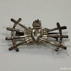 Antigüedades: INSIGNIA ALFILER CORAZÓN DOLIENTE SIETE PUÑALES - VIRGEN DOLOROSA. Lote 278187738