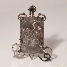 Antigüedades: PLACA ART NOUVEAU DE JESÚS CON LOS NIÑOS (SINITE PARVULOS VENIRE AD ME). PLATA. ESPAÑA, PRINC. S. XX. Lote 278316763