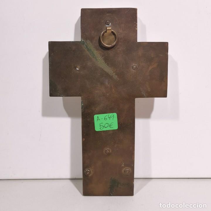 Antigüedades: ANTIGUA BENDITERA RELIGIOSA CON UN CRUCIFIJO - EN MÁRMOL Y LATÓN - MUY CURIOSA - DE COLECCIÓN - Foto 4 - 278391303