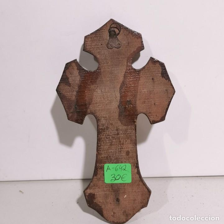 Antigüedades: ANTIGUA BENDITERA RELIGIOSA CON UN CRUCIFIJO - EN MADERA Y VARIOS METALES - SIGLO XIX - MUY RARA - Foto 4 - 278393228