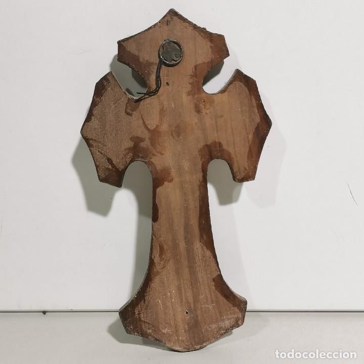 Antigüedades: ANTIGUA BENDITERA RELIGIOSA CON UN CRUCIFIJO - EN MADERA Y METALES - SIGLO XIX - MUY CURIOSA - Foto 2 - 278394753