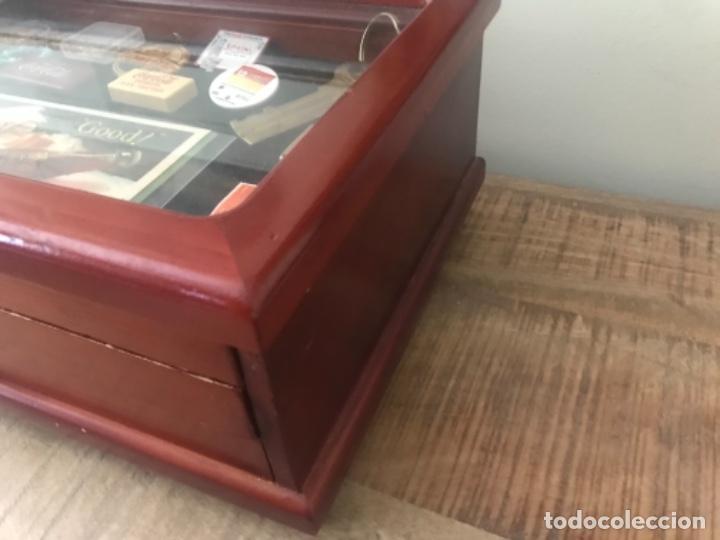 Antigüedades: Vitrina mostrador coleccionismo. 3 cajones. Miniaturas. Colecciones - Foto 6 - 278462743