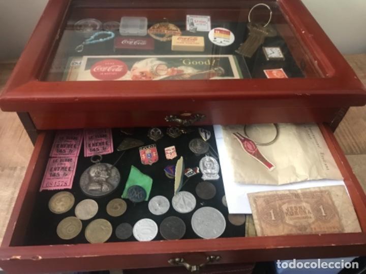 Antigüedades: Vitrina mostrador coleccionismo. 3 cajones. Miniaturas. Colecciones - Foto 2 - 278462743