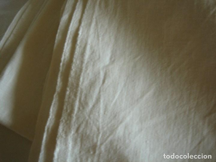 SABANA DE LINO FINO 234 POR 220 (Antigüedades - Hogar y Decoración - Sábanas Antiguas)
