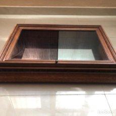 Antigüedades: ANTIGUO EXPOSITOR DE MADERA. Lote 278586638