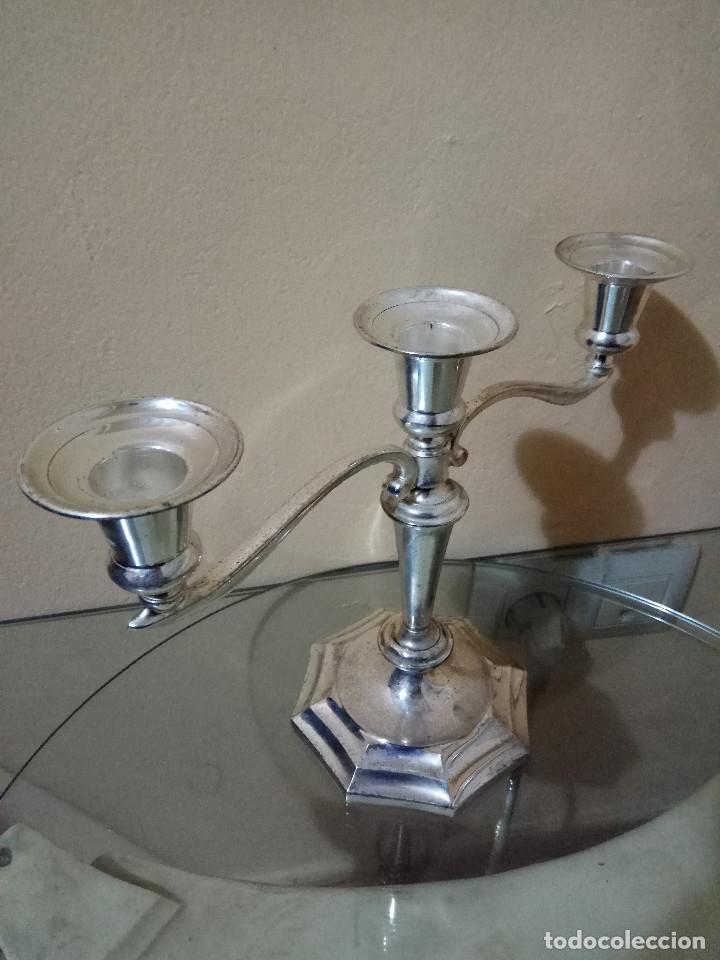 Antigüedades: Candelabro ingles para tres velas de plata en zinc. tenebrario - velador, candela, cirio, hacha, old - Foto 3 - 278588923