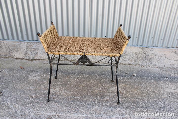 Antigüedades: sillon descalzador de hierro y enea - Foto 2 - 278673543