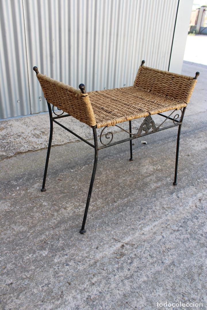 Antigüedades: sillon descalzador de hierro y enea - Foto 5 - 278673543