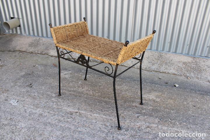 Antigüedades: sillon descalzador de hierro y enea - Foto 6 - 278673543