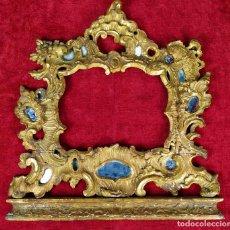 Antiquités: MARCO ROCOCÓ PARA ESPEJO. MADERA TALLADA Y DORADA. ESPAÑA. SIGLO XVIII. Lote 278357643