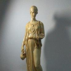 Oggetti Antichi: ANTIGUA ESCULTURA NEOCLASICA ALEGORICA DIOSA CERES ,ESCAYOLA. Lote 278818553