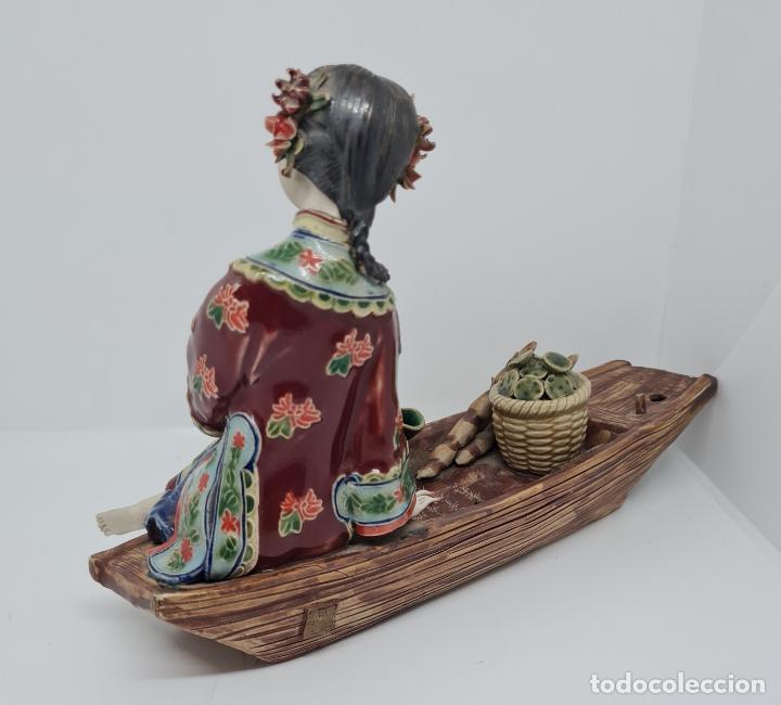 Antigüedades: PRECIOSA Y ANTIGUA ESCULTURA ORIENTAL POLICROMADA CON LEYENDA Y CUÑO,CHINA,JAPON??? - Foto 4 - 278820248