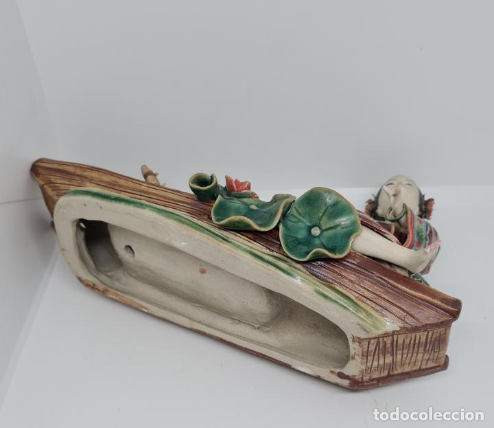 Antigüedades: PRECIOSA Y ANTIGUA ESCULTURA ORIENTAL POLICROMADA CON LEYENDA Y CUÑO,CHINA,JAPON??? - Foto 5 - 278820248