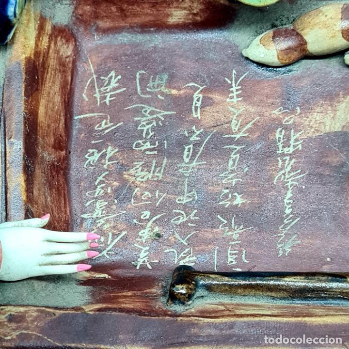 Antigüedades: PRECIOSA Y ANTIGUA ESCULTURA ORIENTAL POLICROMADA CON LEYENDA Y CUÑO,CHINA,JAPON??? - Foto 6 - 278820248