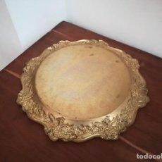 Antigüedades: ELEGANTE BANDEJA DE BRONCE DE ESTILO ART DECÓ, DE MEDIADOS DEL SXX.. Lote 279464588