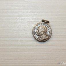 Antigüedades: RELIQUIA, PABLO VI, TIERRA DE CATACUMBAS, 1,50 CM. Lote 280234568