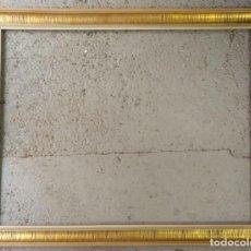 Antigüedades: ANTIGUO MARCO DE MADERA Y DECORADO EN ESTUCO MOLDURA CONCAAV AÑOS 60. Lote 280790088