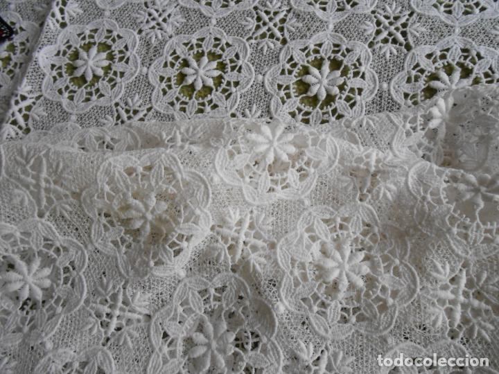 Antigüedades: Antiquo Mantel/tapete decorativo.Encajes de Algodon.BLANCO 90 x 90 cm - Foto 4 - 280820563