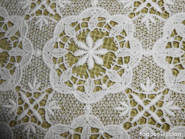 Antigüedades: Antiquo Mantel/tapete decorativo.Encajes de Algodon.BLANCO 90 x 90 cm - Foto 8 - 280820563