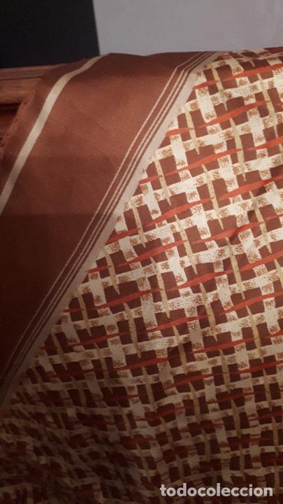 PAÑUELO DE SEDA (Antigüedades - Moda - Pañuelos Antiguos)