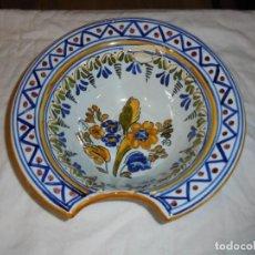 Antigüedades: BACIA DE BARBERO MARCADA EN LA BASE TALAVERA VER FOTOS. Lote 281844728