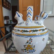 Antigüedades: BOTIJO CERÁMICA TALAVERA RUIZ DE LUNA. Lote 281945623