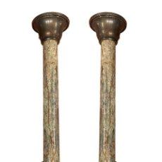 Antigüedades: CANDELABROS DE MÁRMOL Y BRONCE ESTILO IMPERIO.. Lote 282889573