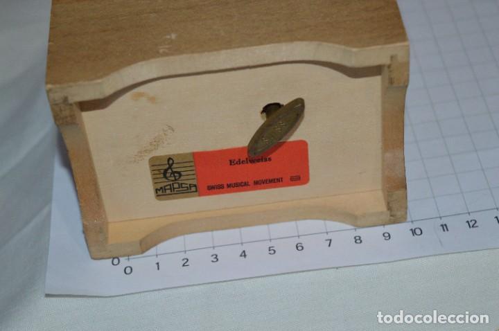 Antigüedades: Antigua y preciosa caja de música / Marca MAPSA Suisse - Funcionando perfectamente - Original ¡Mira! - Foto 5 - 282954543