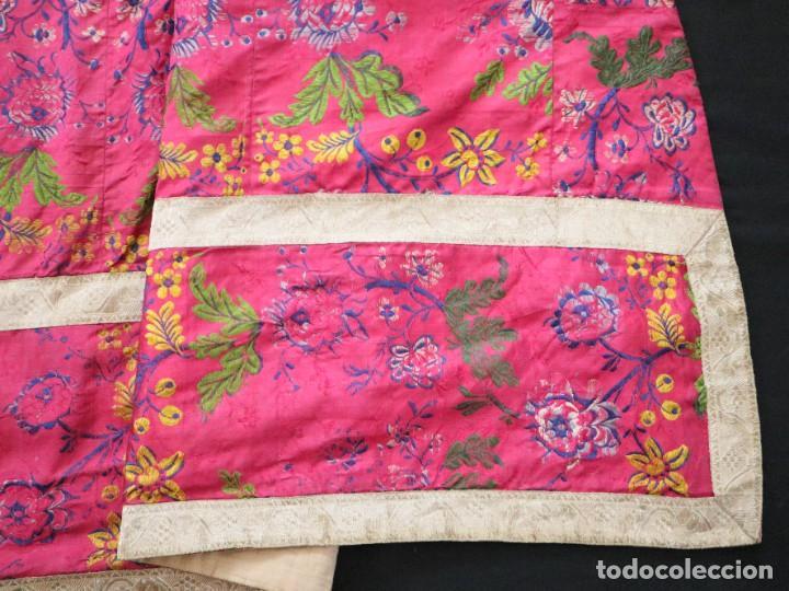 Antigüedades: Capa pluvial confecciona en seda brocada. Siglo XVIII. - Foto 24 - 282985178