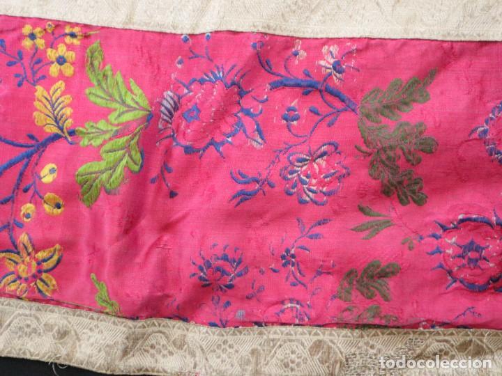 Antigüedades: Capa pluvial confecciona en seda brocada. Siglo XVIII. - Foto 26 - 282985178