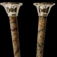 Antigüedades: ANTIGUA PAREJA DE CANDELABROS NAPOLEÓN III, IMPERIO. S. XIX. CASINO MERCANTIL DE ZARAGOZA. MÁRMOL. Lote 283050338