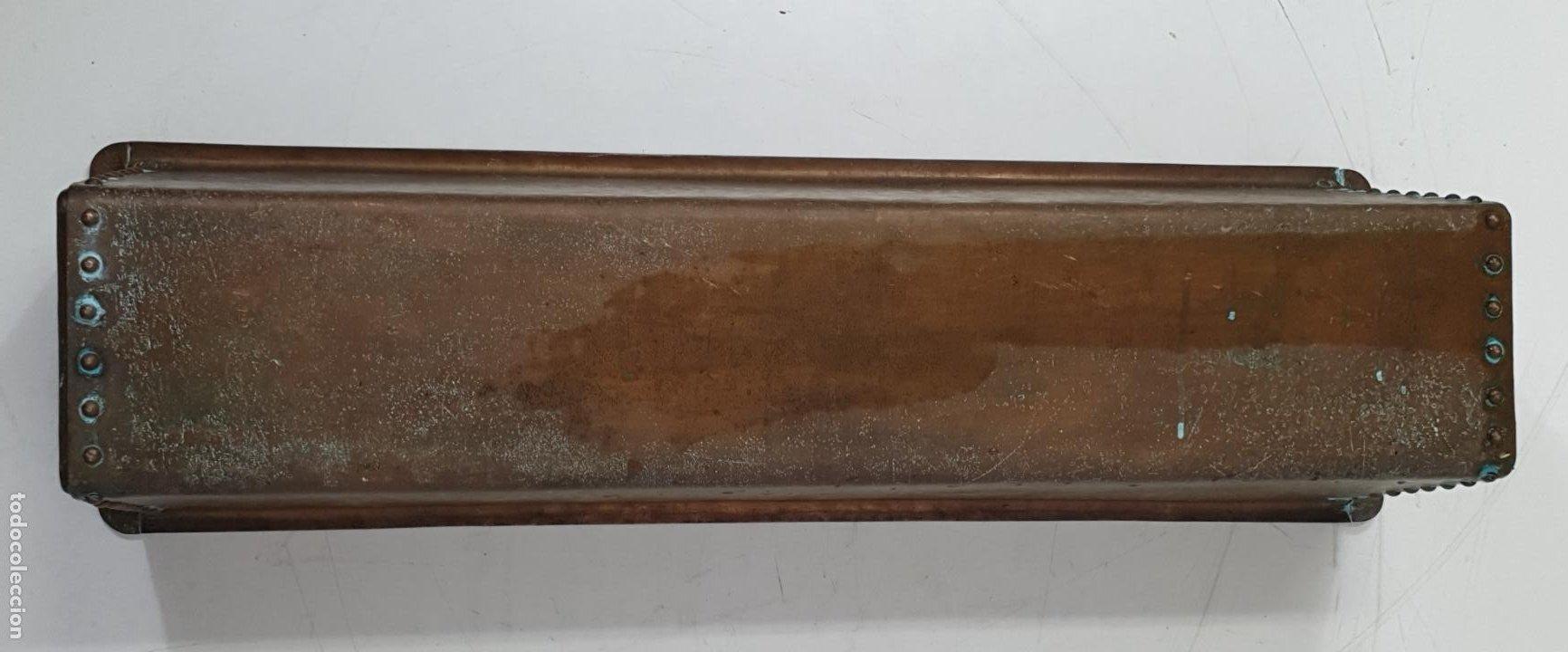 Antigüedades: Gran Macetero, Jardinera de Cobre - Largo 100 cm - Fondo - 31 cm - Altura 28 - Peso 21 Kg - Foto 5 - 283937038