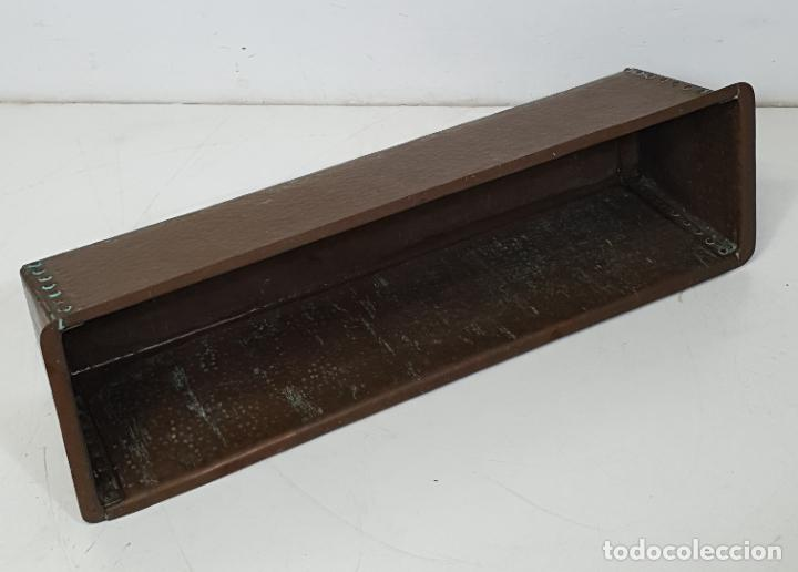Antigüedades: Gran Macetero, Jardinera de Cobre - Largo 100 cm - Fondo - 31 cm - Altura 28 - Peso 21 Kg - Foto 6 - 283937038